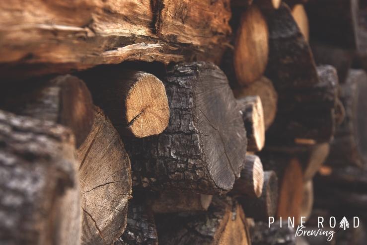 bark-chopped-wood-dark-122588 logocopy